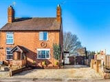 Photo 3 Bed House For Sale Cedar Cottage Worcester