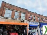 Photo Large 4 Bed Link Detached Dorma Bungalow