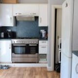 Photo Stunning 2 bed terraced house for rent close to...