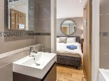 Photo Accommodation 186m² 4 bedrooms - London