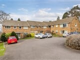 Photo 3 Bed Maisonette For Sale Kirk Court Mount...