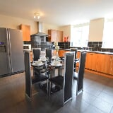Photo 8 Bedroom Mid Terraced House to Rent in Fifth...