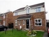 Photo 3 Bed Semi-Detached For Rent Park Close Wakefield