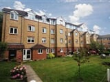 Photo 2 Bed Flat For Sale Marlborough Court (Wallington)